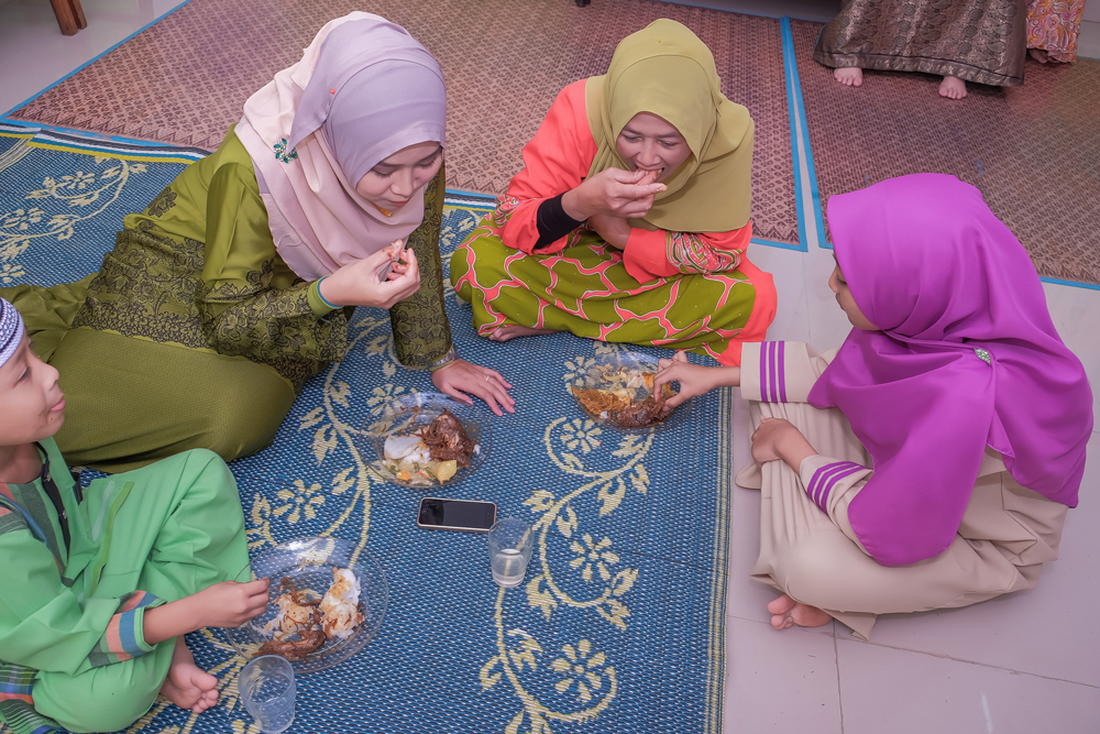 Holidays around the world: Eid al Fitr
